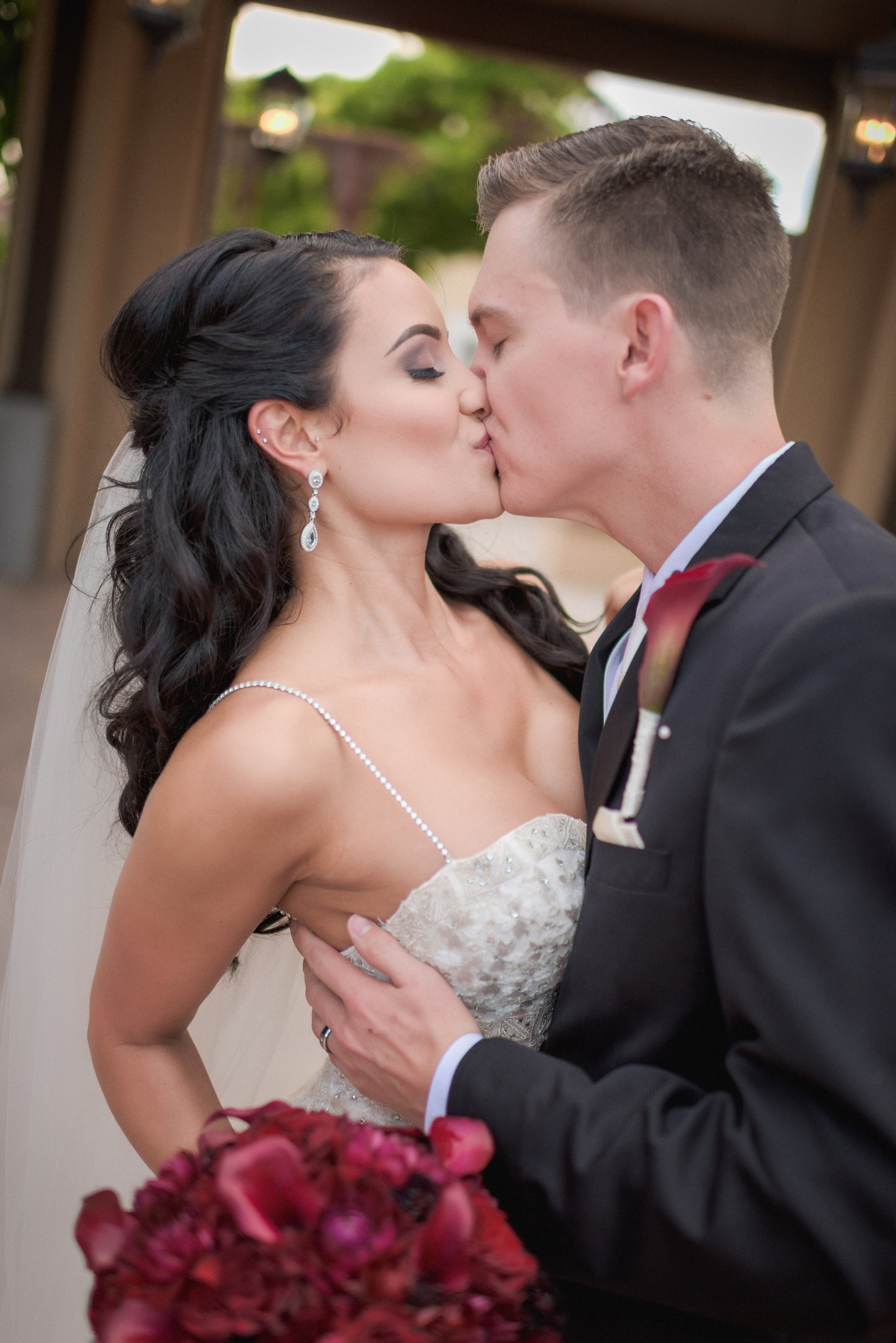 Real Wedding: Carin & Charlie. Location: Hotel Albuquerque. Photographer: Tony Gambino. Coordination: Sealed with a Kiss LLC