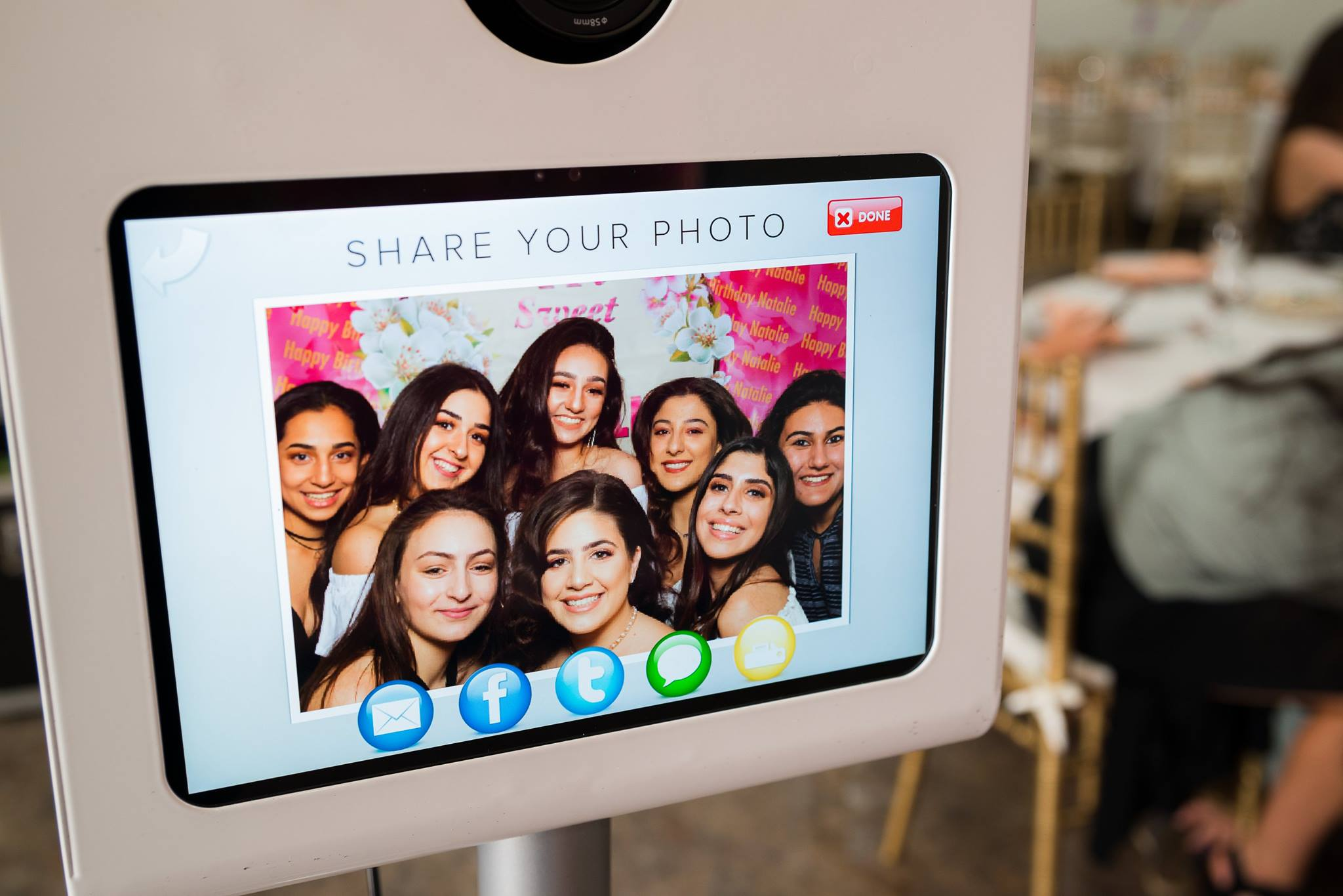 Los Angeles Pasadena based photo booth rental for weddings and events. Customized templates