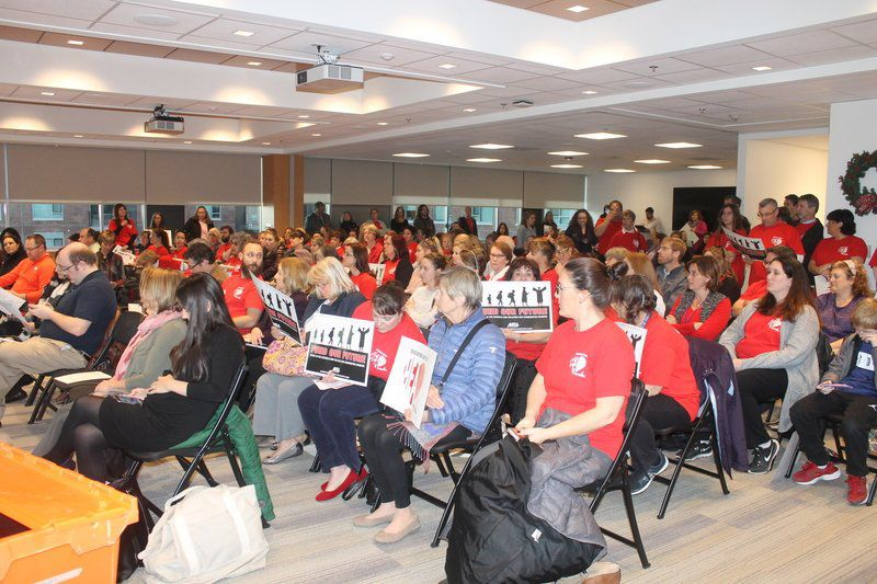 Parents and Teachers at UMASS Lowell in public meeting to discuss proposed charter school