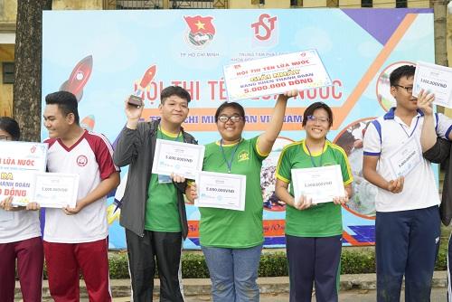 Chung cuộc, học sinh trường THPT Phan Đăng Lưu đã giành giải nhất cuộc thi.