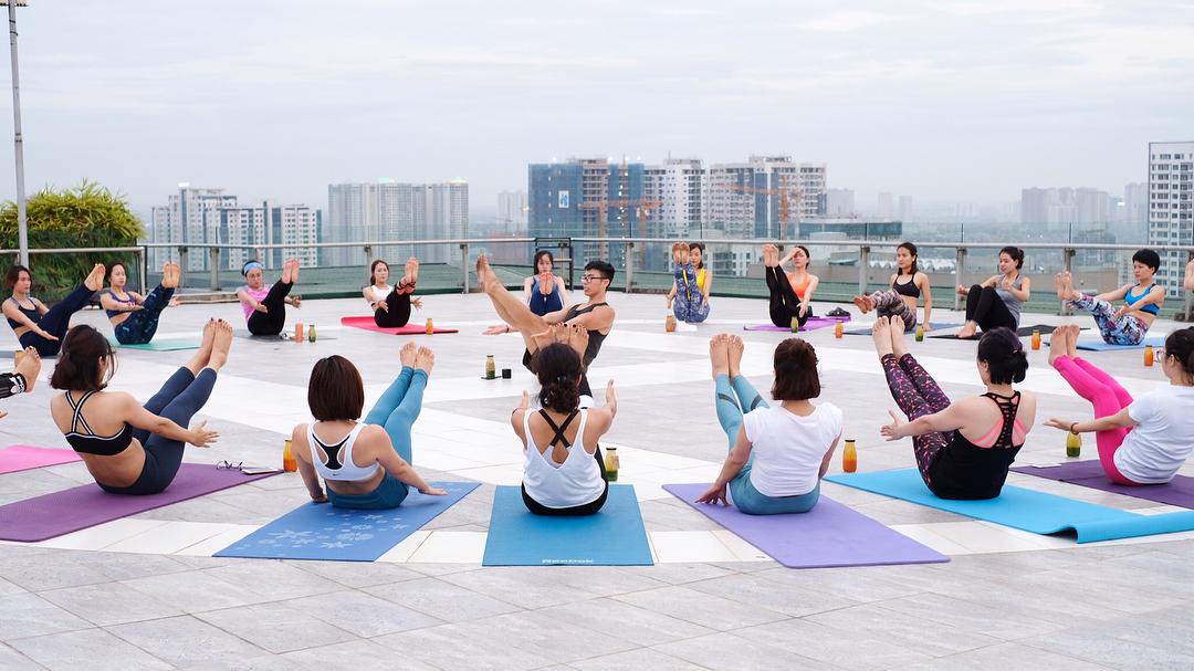 Một buổi tập của cộng đồng Việt Yogi