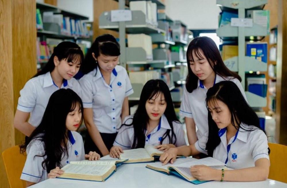Thư viện sẽ mang lại những trải nghiệm học tập, nghiên cứu tốt nhất cho sinh viên trường ĐH Công nghiệp Thực phẩm TP.HCM. Ảnh: HUFI.