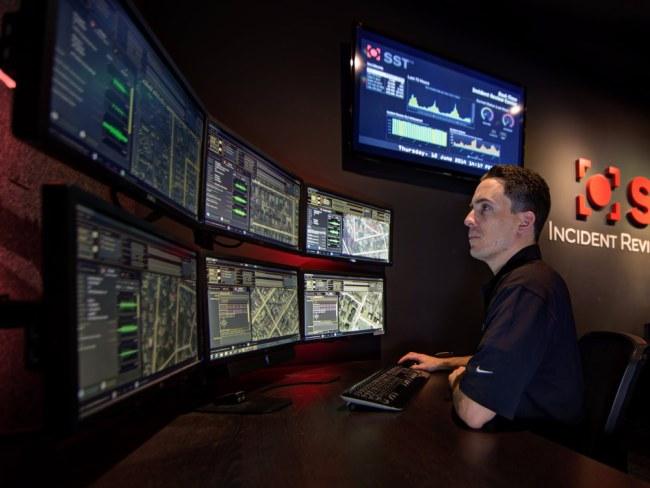 Hệ thống phát hiện và ứng phó nhanh với tiếng súng, giúp giảm thiểu thiệt hại hay thậm chí là ngăn chặn được những vụ xả súng trên phố. Ảnh: Reuters.