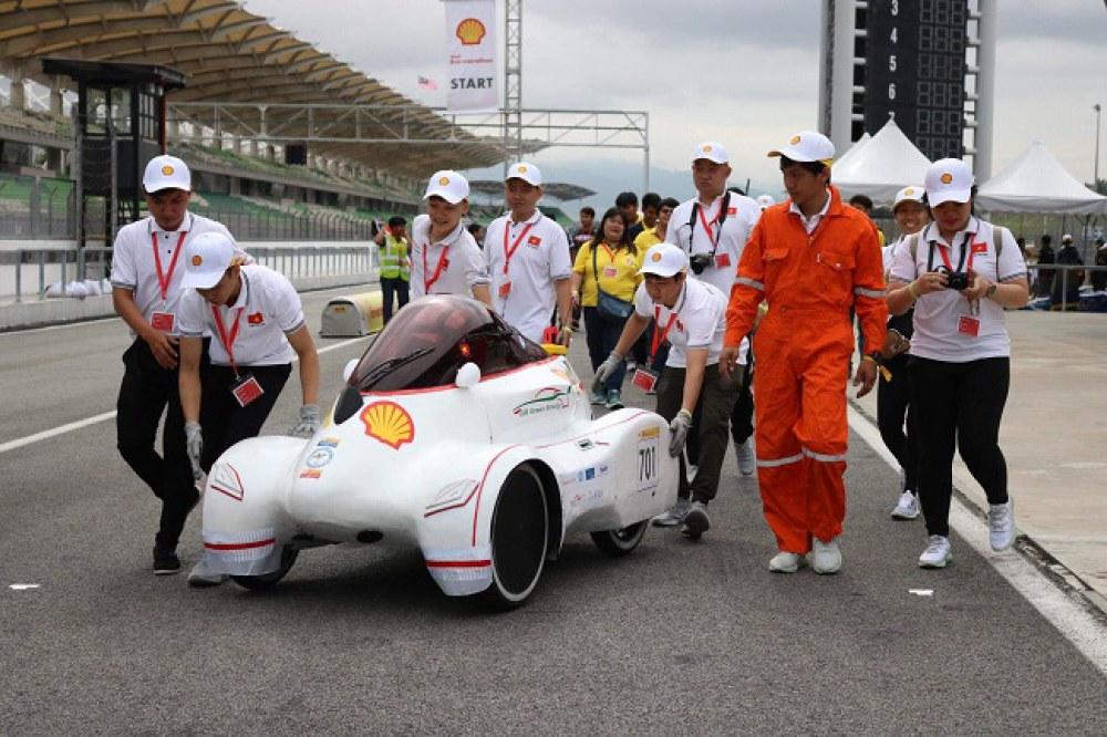 Đội đua ĐH Lạc Hồng 5 lần liên tiếp vô địch cuộc thi đua xe tiết kiệm nhiên liệu ở bảng thi Urban Concept. Ảnh: BTC cung cấp.