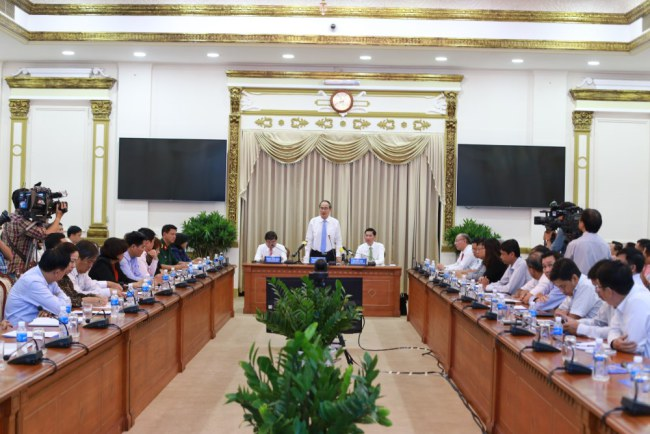 Bí thư Thành ủy Nguyễn Thiện Nhân phát biểu chỉ đạo