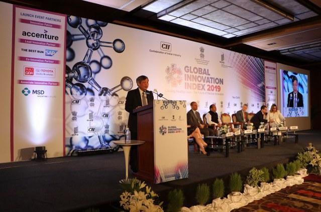 Thứ trưởng Bộ Khoa học và Công nghệ Phạm Công Tạc phát biểu trong lễ công bố tại Ấn Độ.