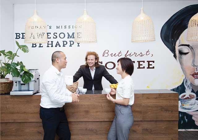 Một góc không gian văn phòng sang tạo Apec – Nơi làm việc của nhiều start-up trẻ trong vườn ươm doanh nghiệp G2G Incubator của Apec Group