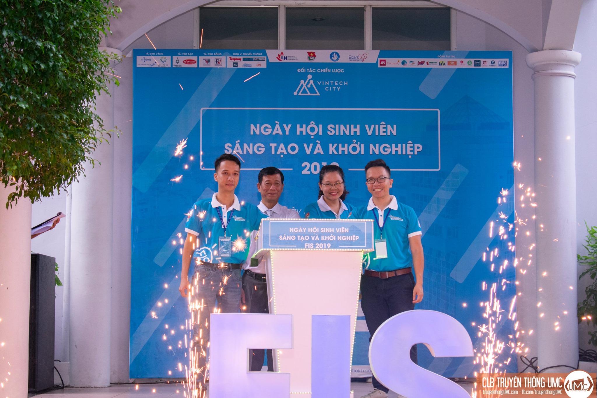Medlink giành quán quân cuộc thi Khởi nghiệp toàn cầu VietChallenge 2019.