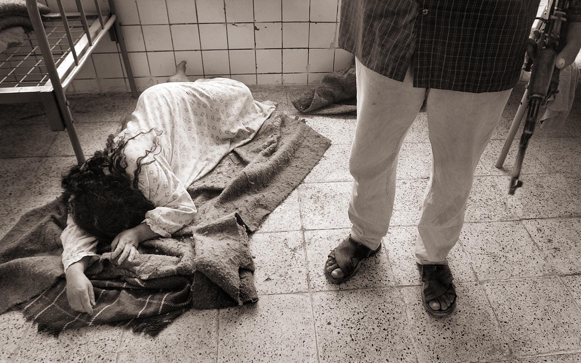Baghdad-Mental-Asylum_04.jpg