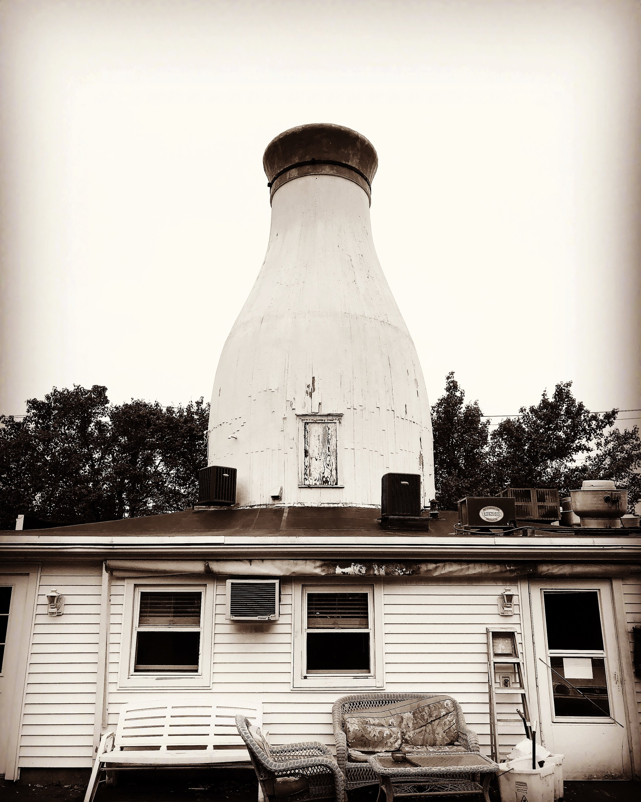 THE MILK BOTTLE, ROUTE 138, MA