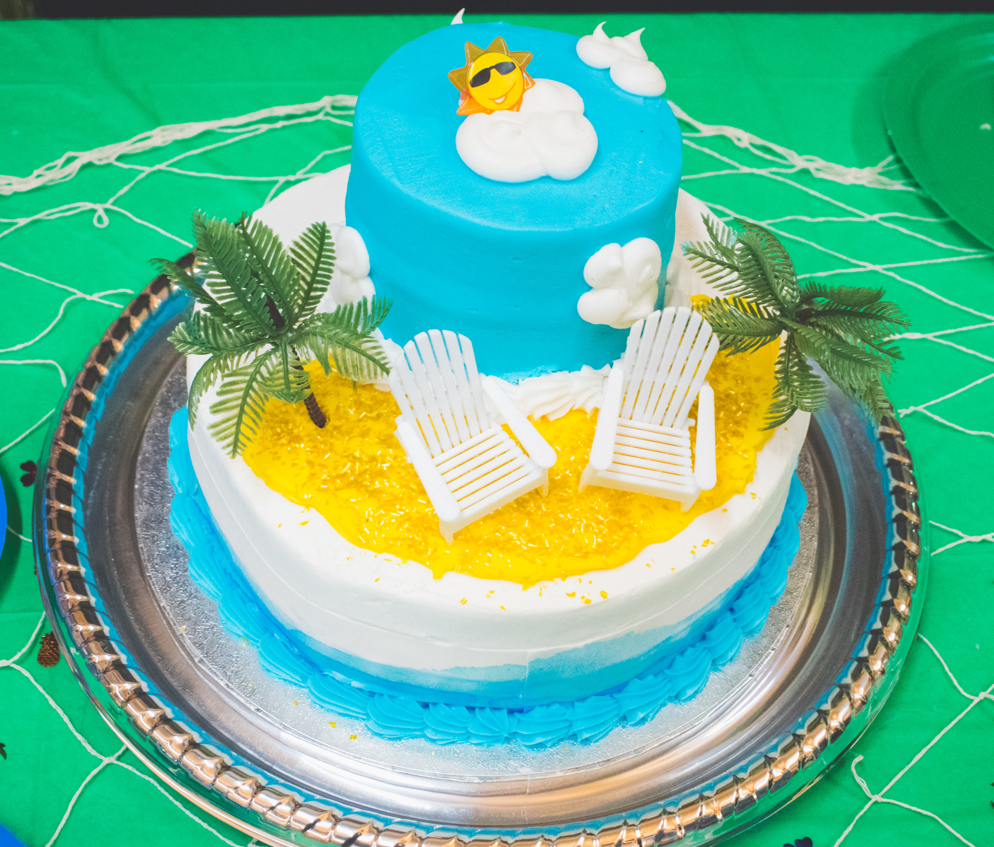 beach_luau_themed_cake_dessert
