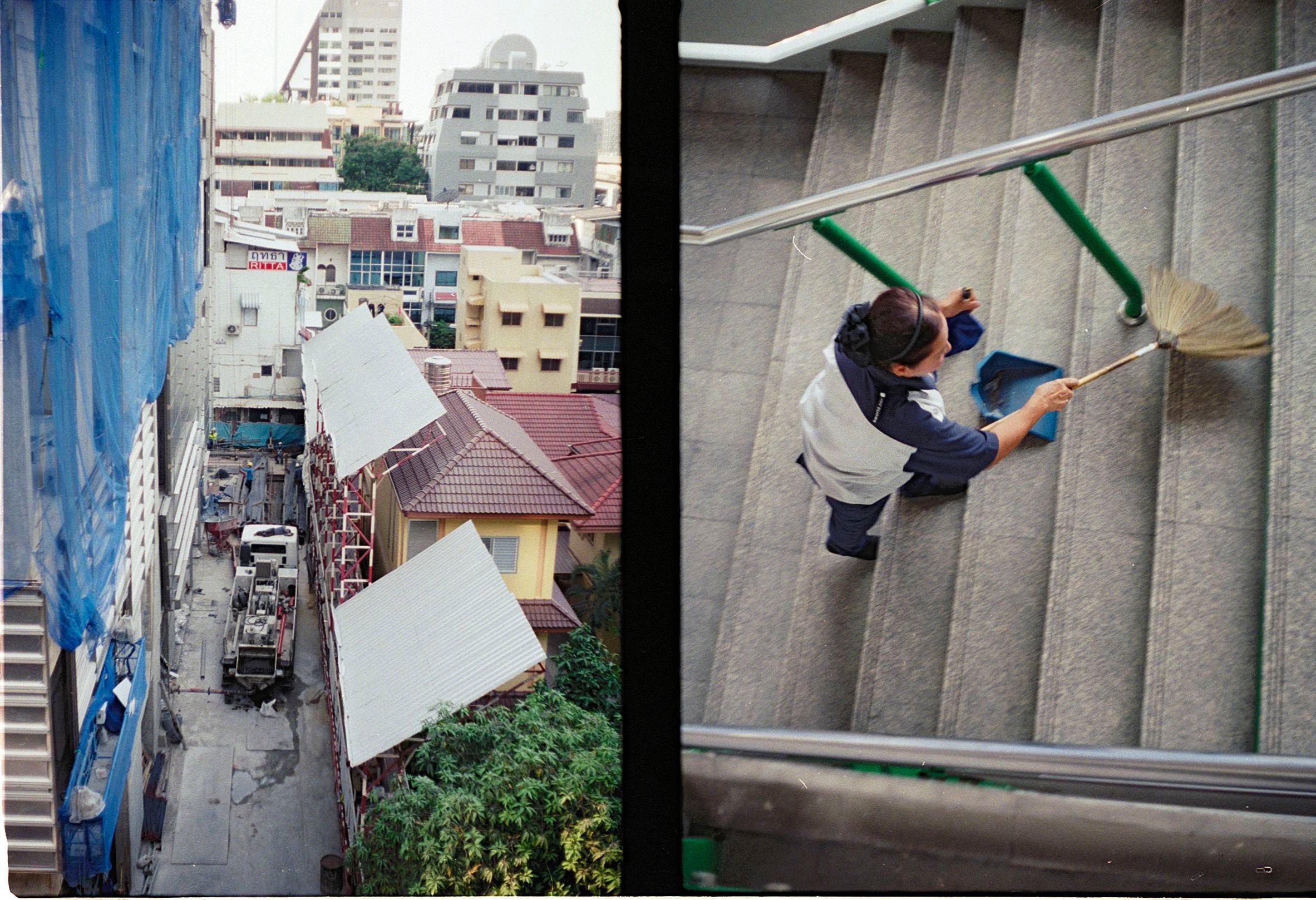 man-sleep-on-roof.jpg