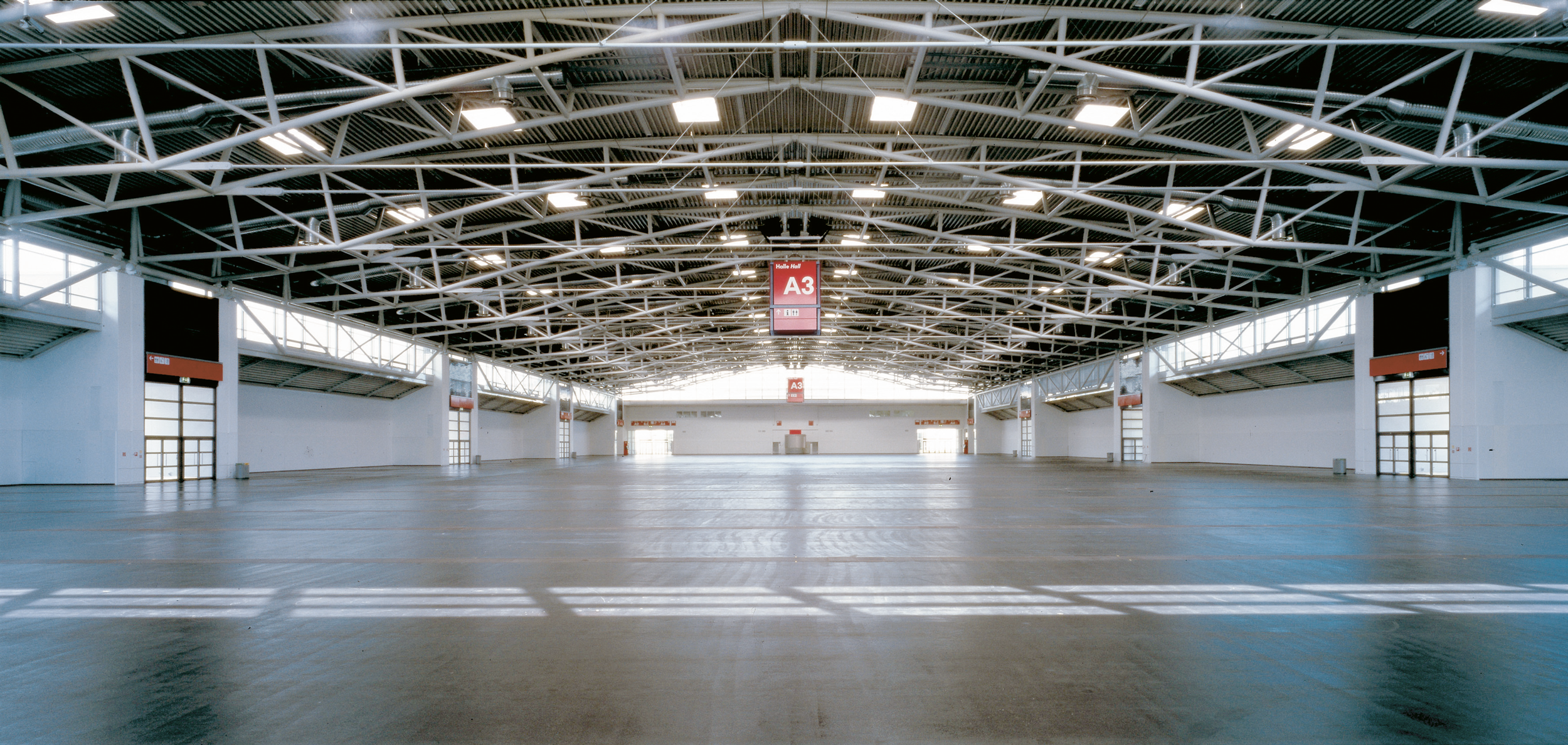 16-Messehalle.png
