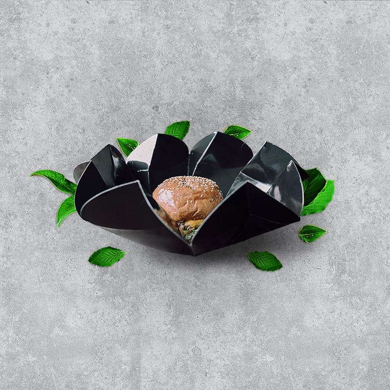 burger-insta-black-angle-leaves.jpg