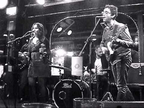 Mahoney & The Moment Live at Chalk Farm Folk at The Monarch