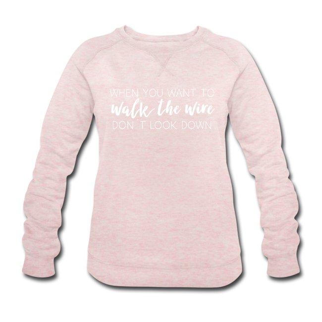 Dam swatshirt i rosa med tryck Walk the wire. Luckimi @luckimibrand