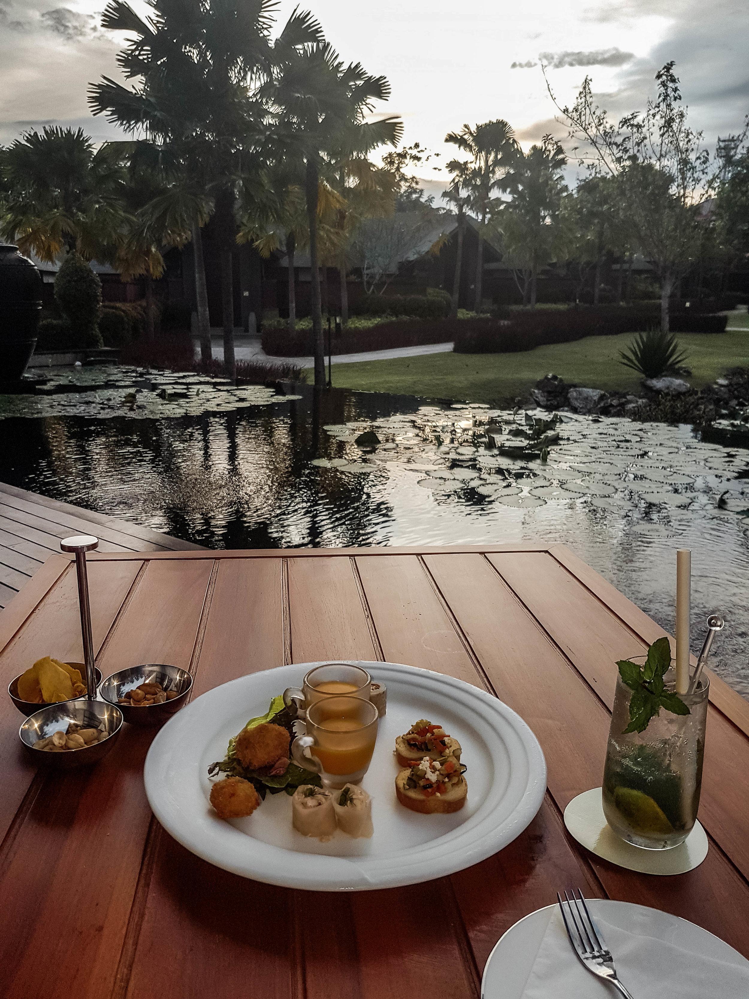 Hilton-Bali-Resort-Villa-Lounge.jpg