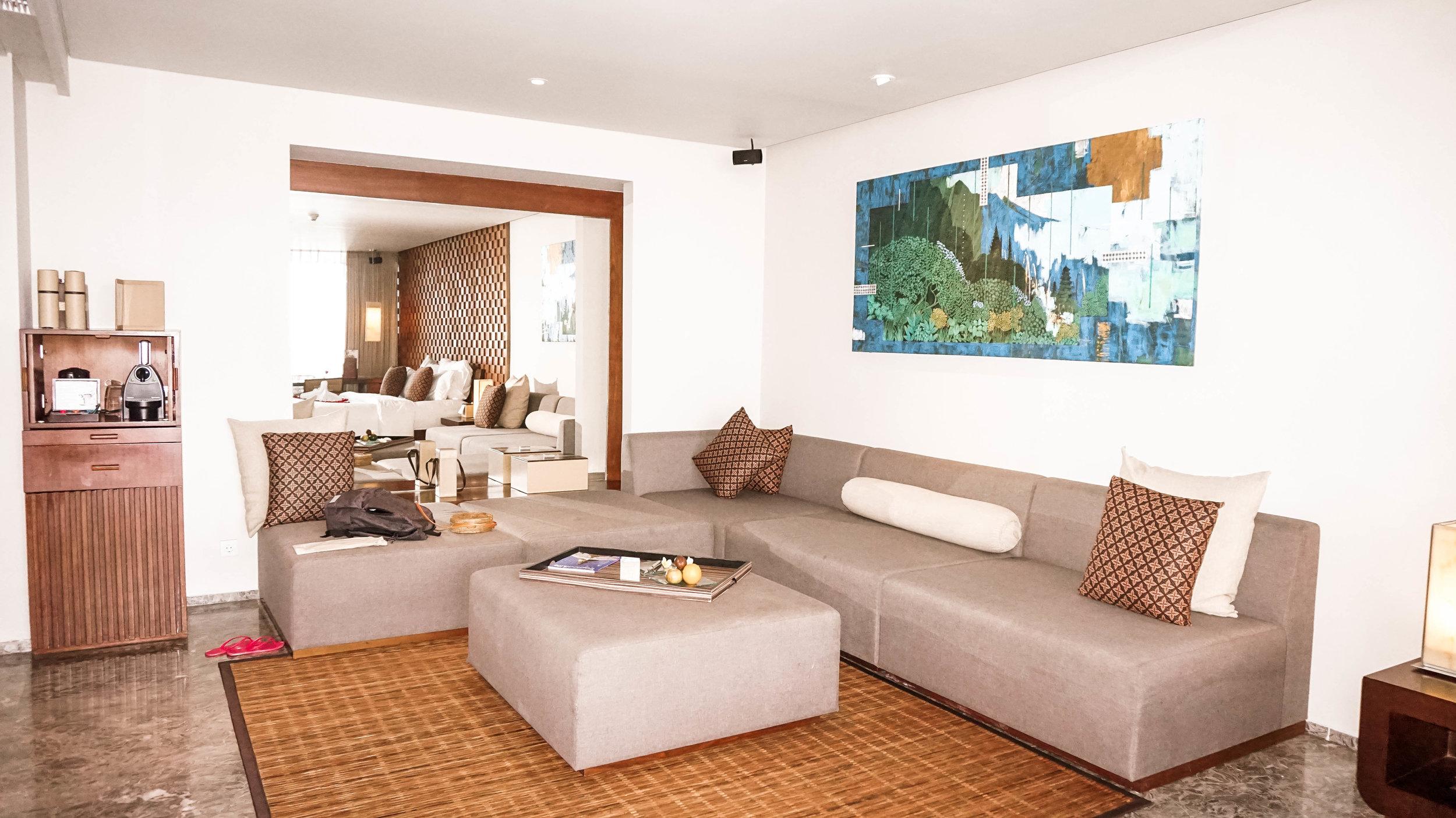 Anantara-uluwatu-bali-oceanfront-suite-2018.jpg