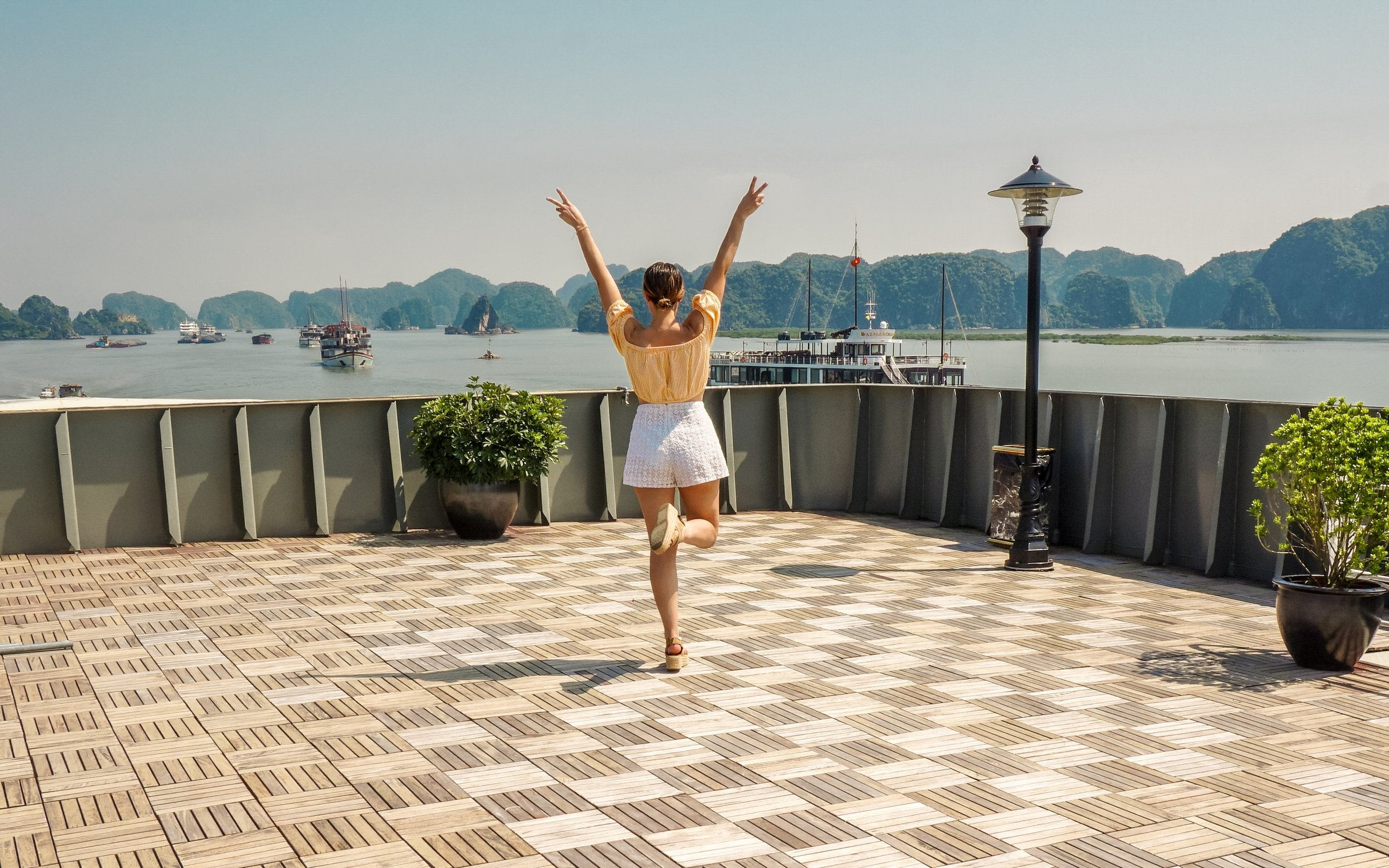 ha-long-bay-luxury-cruise-2019.jpg