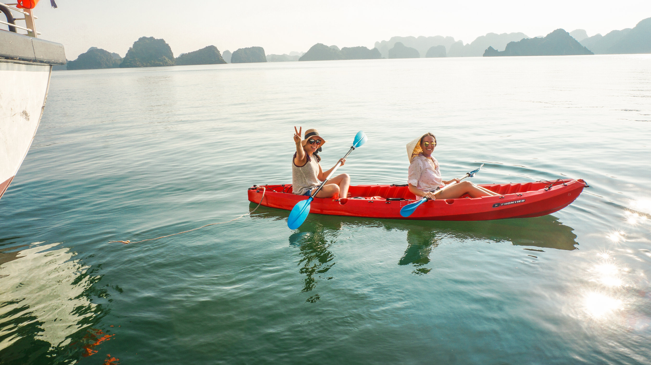 ha-long-bay-kayak-2019.jpg