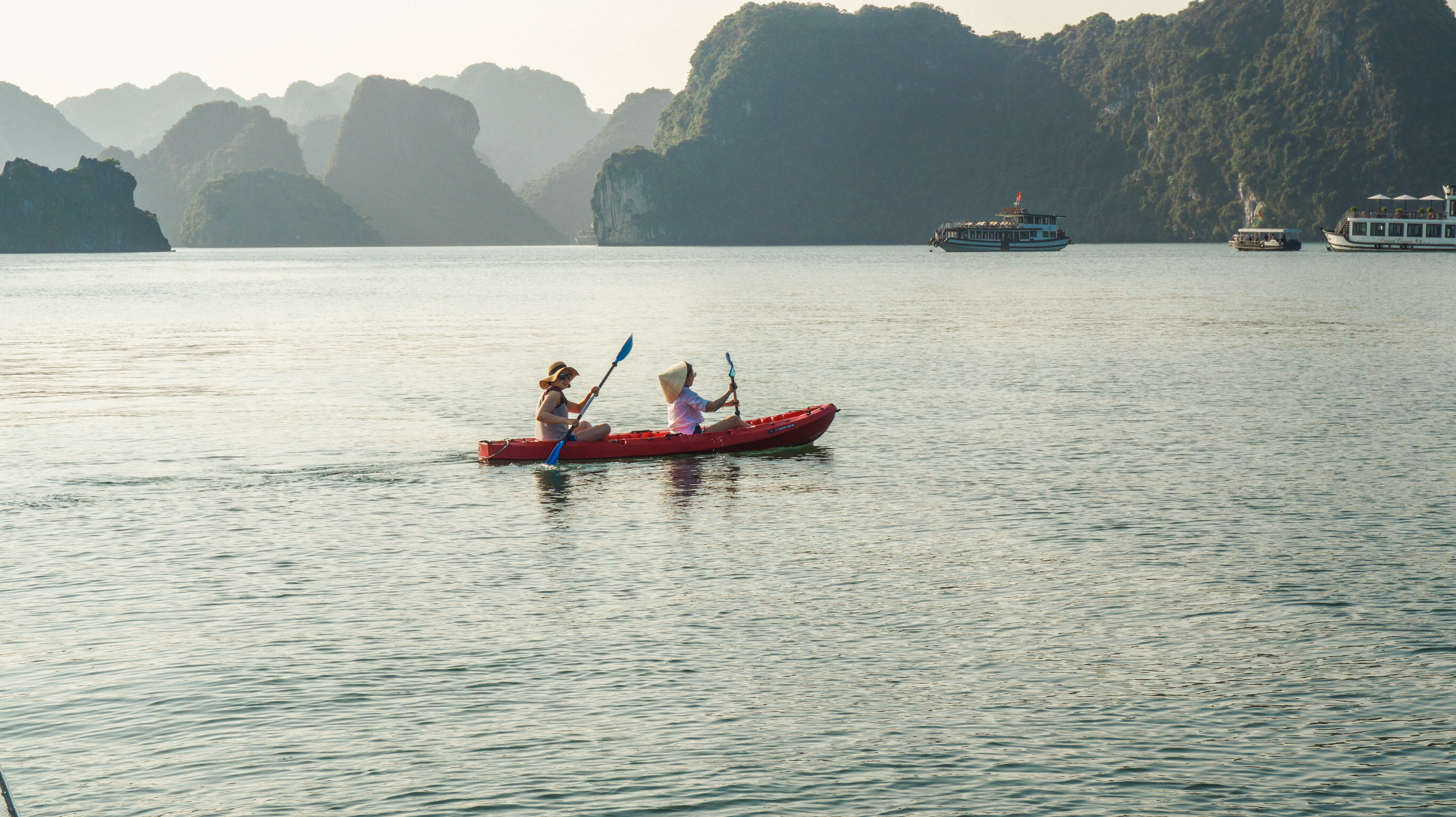 ha-long-bay-kayak-2018.jpg