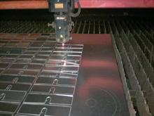 Knickdeichsel zum optimalen einstellen der Arbeitshöhe (Standard- ausstattung) Bremsachse und Beleuchtung in ver- schiedenen Varianten (Option)