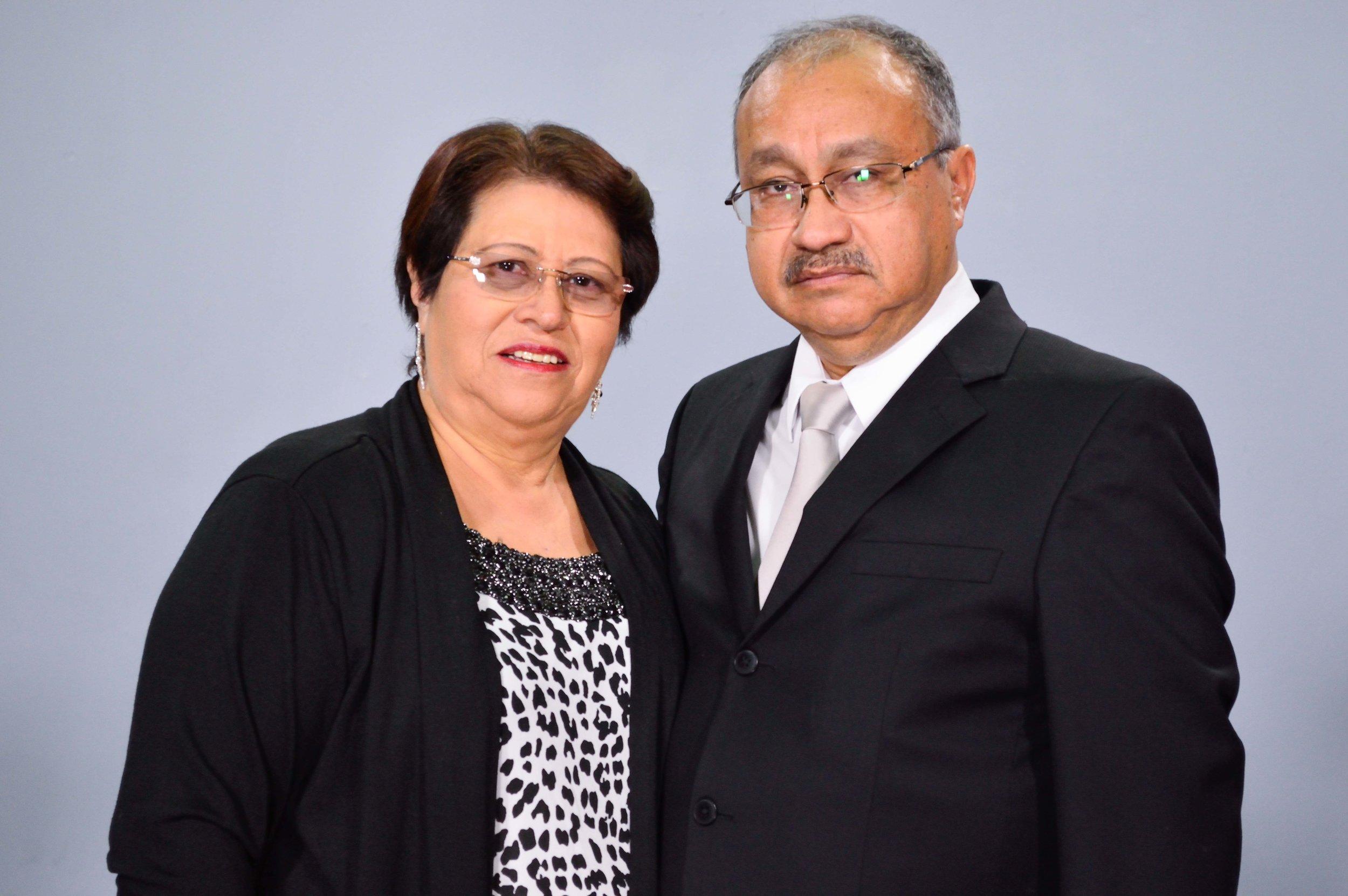 Pastores Roberto y Conchita de Ovalle
