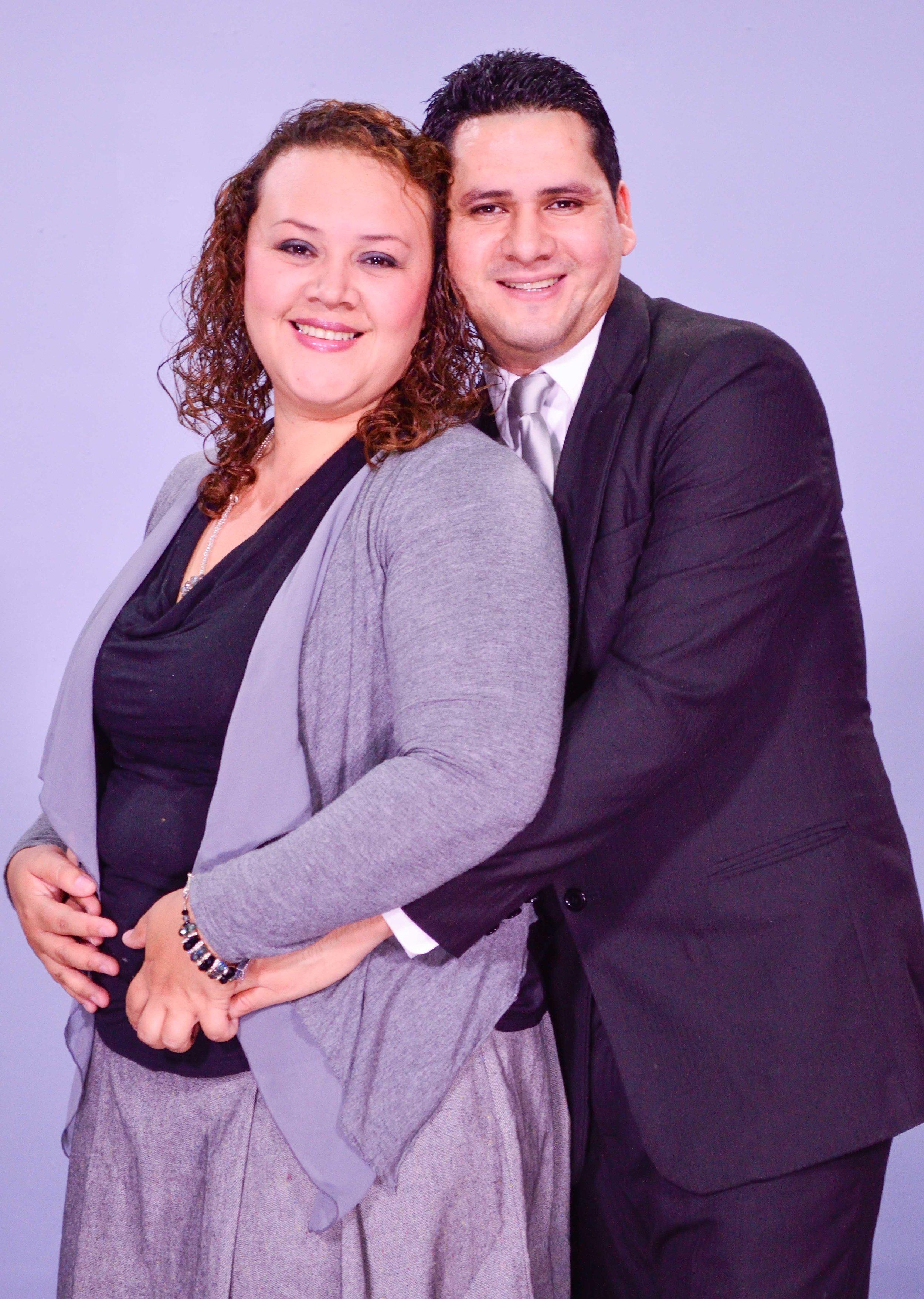Pastores Miguel y Raquel Barrios