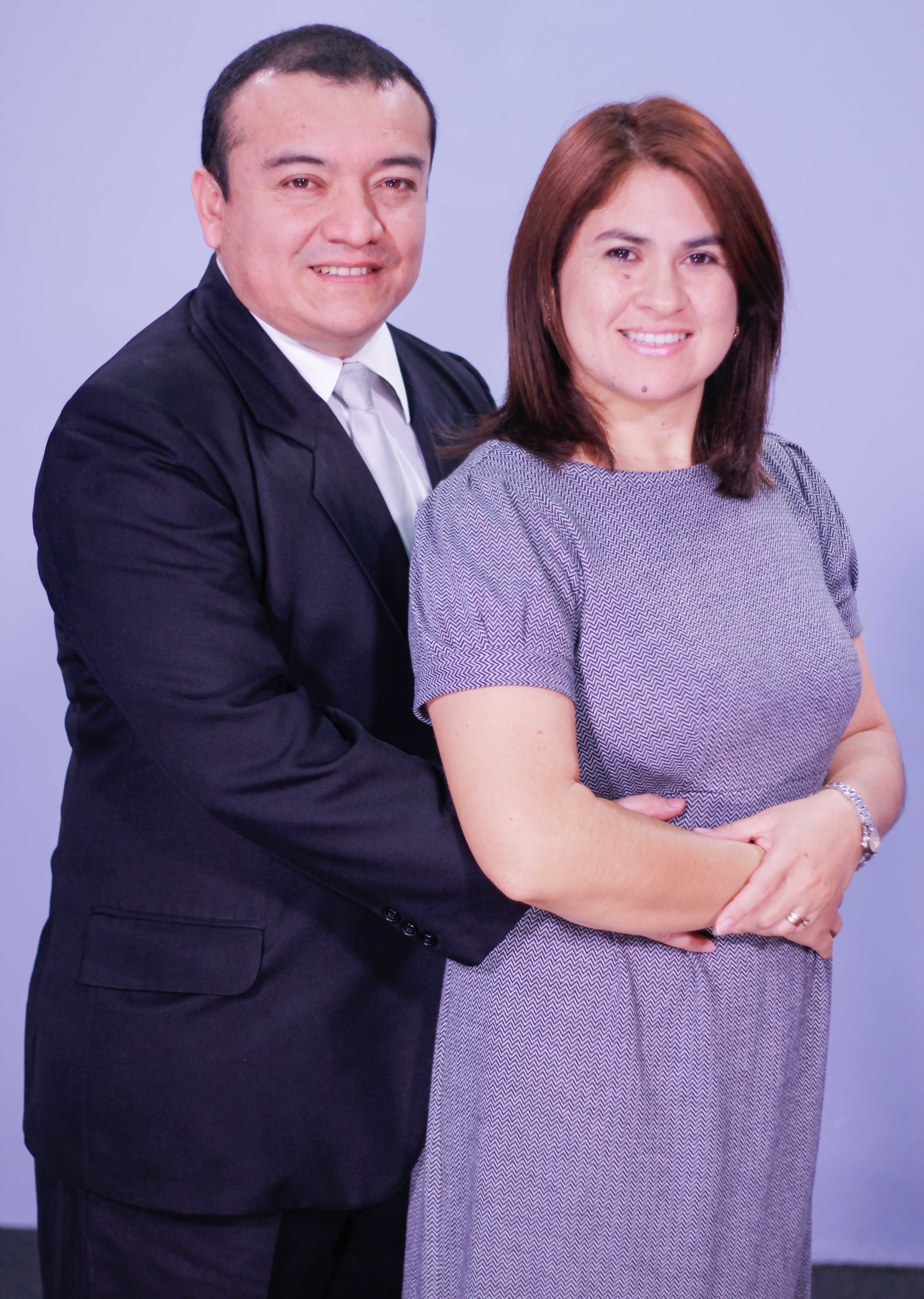 Pastores Julio y Emilsa de Del Cid.jpg
