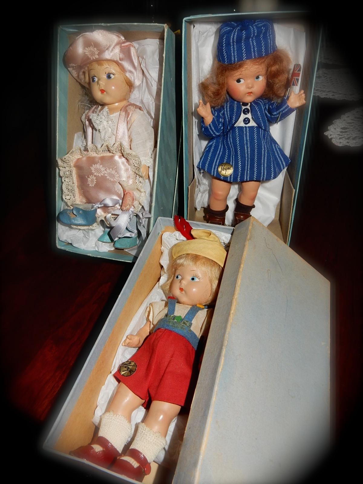 doll show 3.JPG