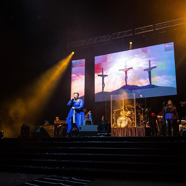 #TBT to our @davidandtamela show in #Orlando with 3,300 attendees.  WHAT A NIGHT!  Can't wait to do that again!  #kingdompromo #events #tourexperts #touring #tour #faith #PositiveEvents #Gospel #UrbanEvents #nationwide #getconnected