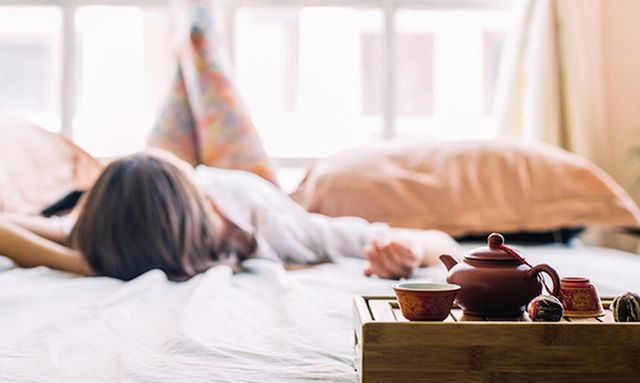 Improving your environment can do wonders for your mood. This article explains seven things that we can do to change our environment to reduce feelings of depression and anxiety. https://www.elitedaily.com/wellness/things-boost-mood-winter/1671672