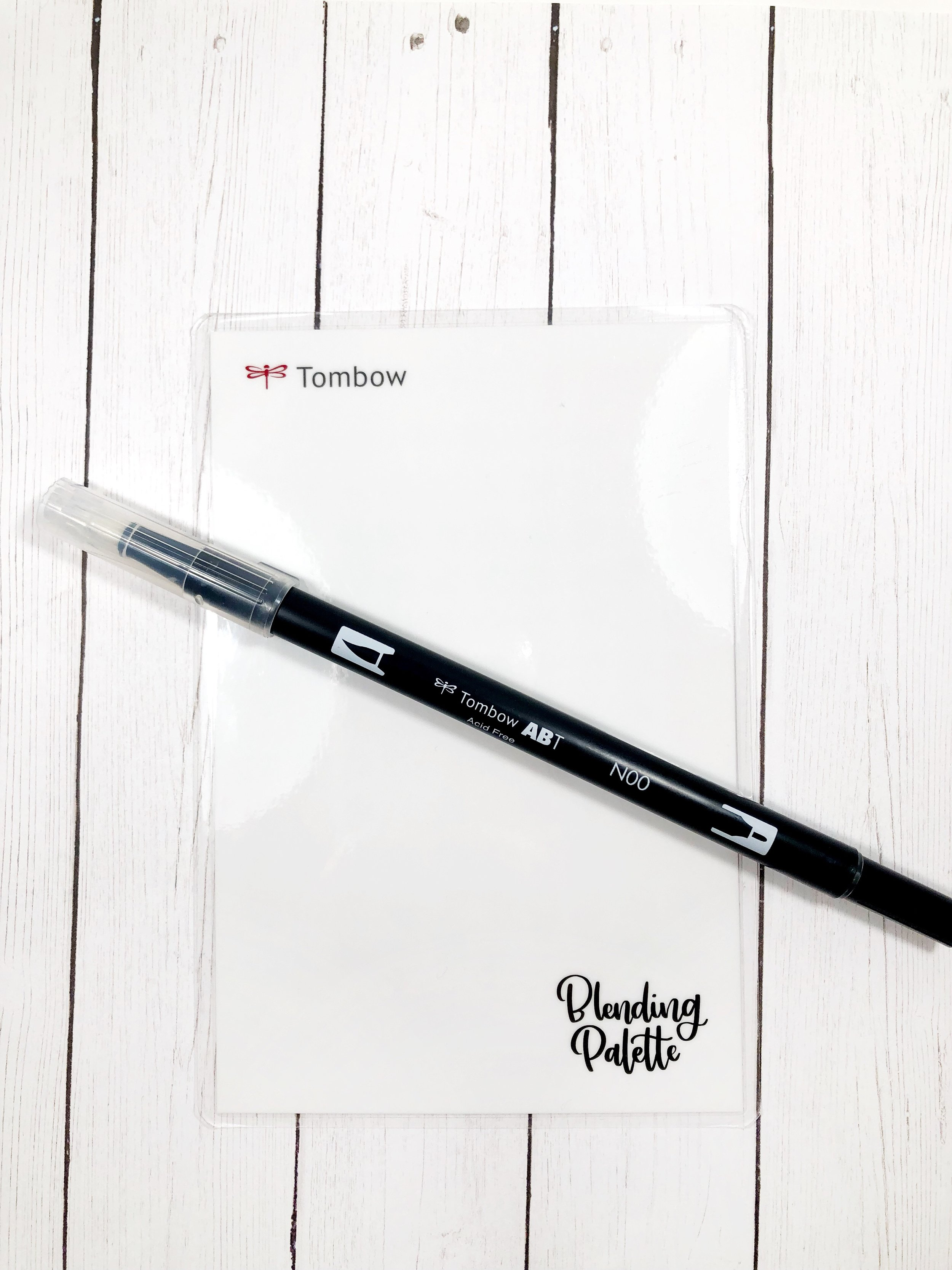hand lettering with tombow