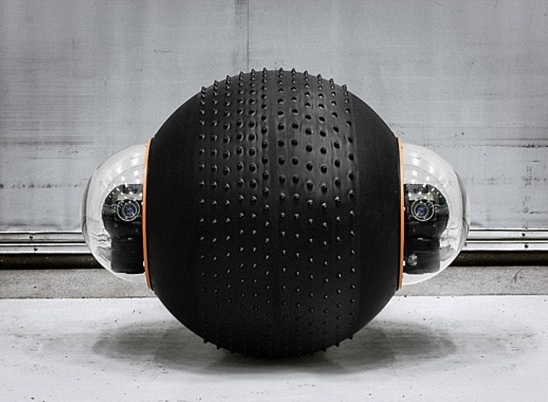 25A4FD9900000578-2952303-The_spherical_design_allows_for_its_interior_to_be_protected_whi-a-30_1423834741441.jpg