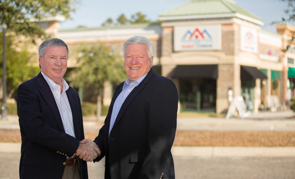 Parker-Jobson-Handshake-Market-Common-Business-Photography
