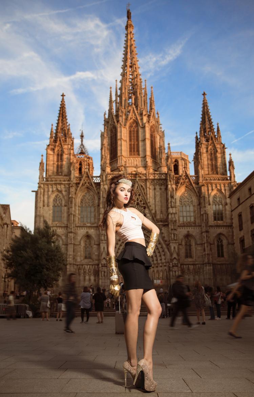 model+fashion-photography-barcelona+spain+church