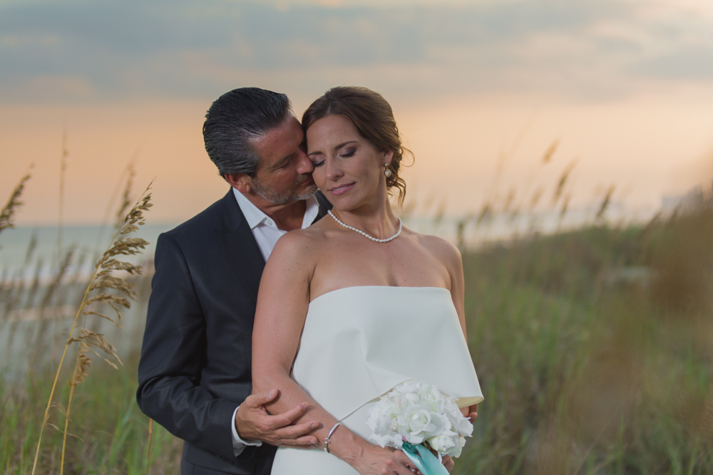 north+myrtle+beach+wedding+photography+kiss.jpg