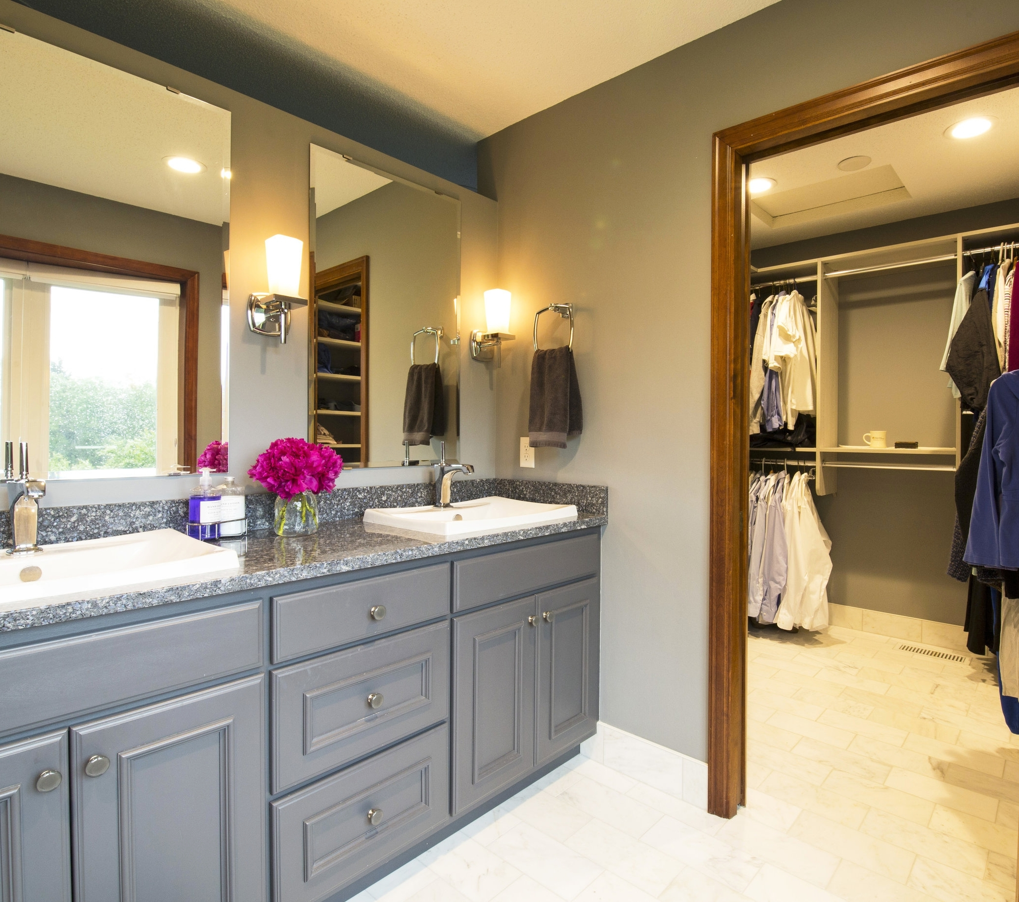 HIs her sink and closet brighter large Orono Home-19.jpg
