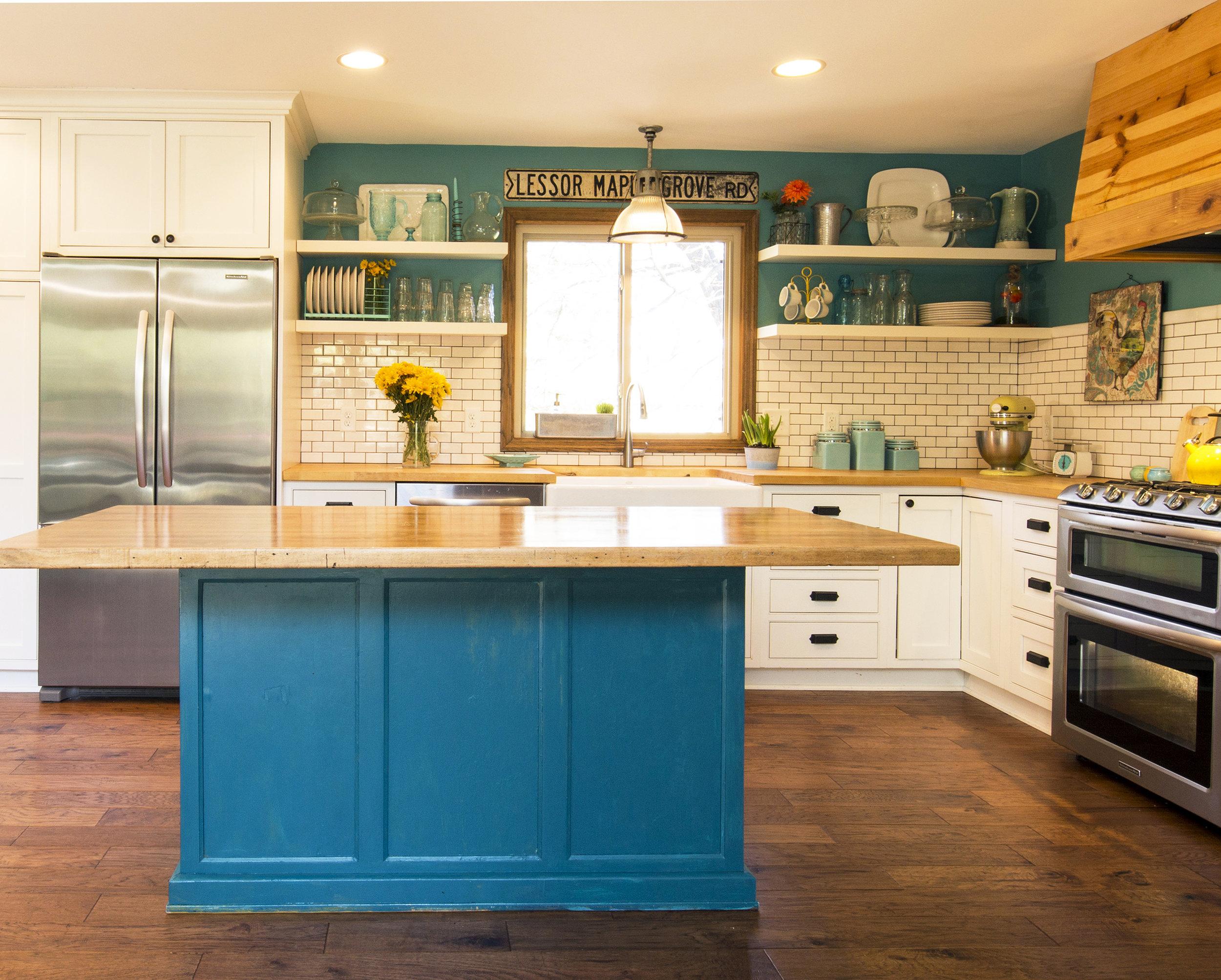 Maple Grove KIitchen PIC 1 full kitchen square.jpg