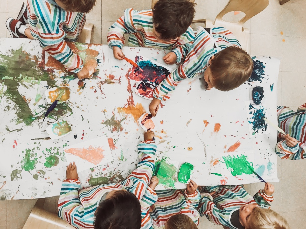 Learning to play, playing to learn - The positive interactions amongst the kids and teachers in the classroom provide the basis for learning experiences. With plenty of opportunity to play and collaborate with friends, learning is exciting and comes naturally.