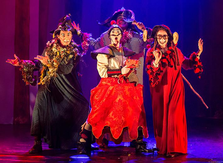 Las Cabaças - Divagar e Sempre (produções artísticas - teatro).jpg
