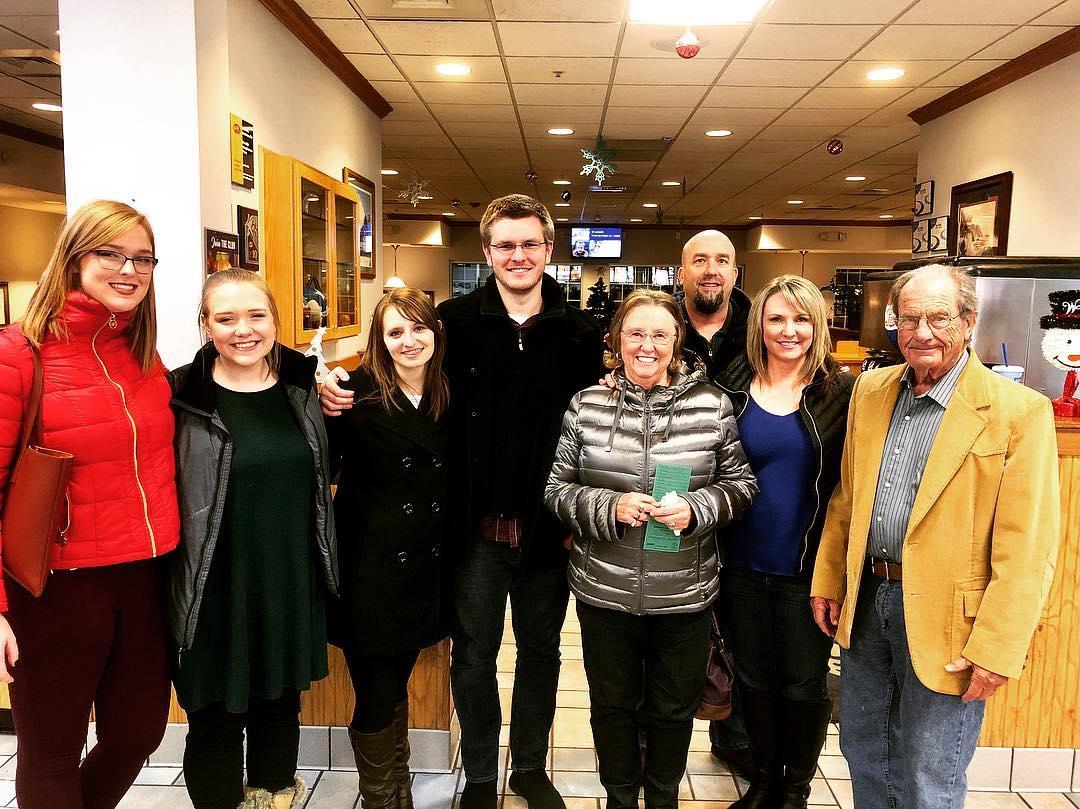 Caitlin, Meghan, Aarica, me, Grandma Jackie, Ken, Kelli (my mom), and Grandpa Jack, left to right.