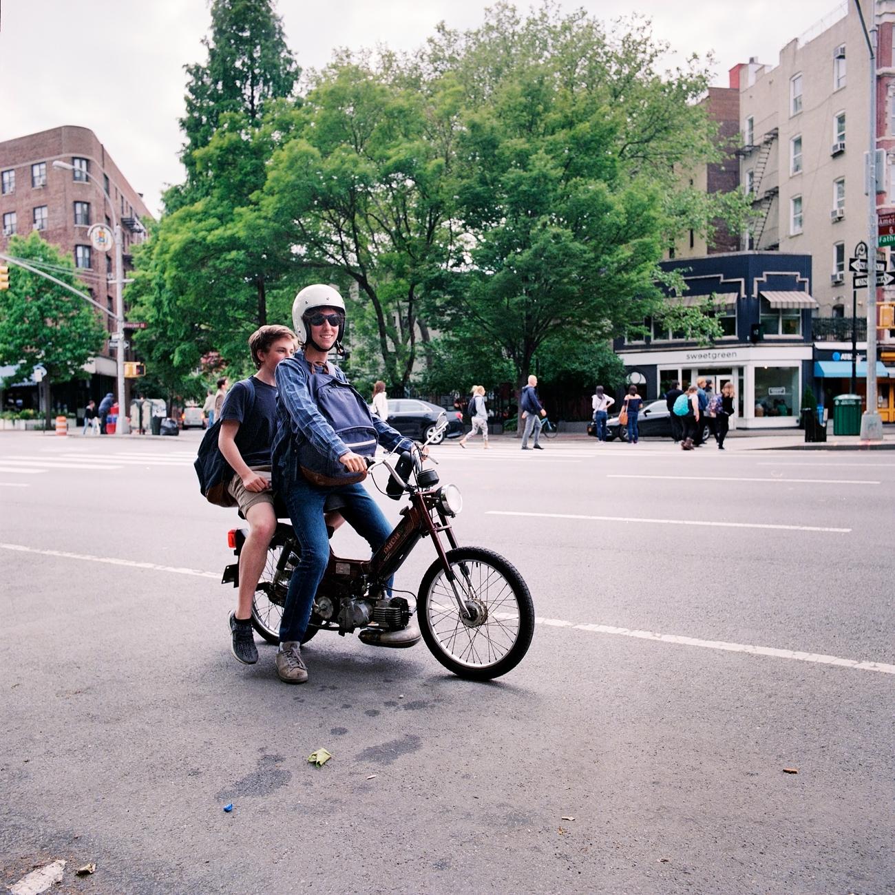 Maud WALAS Street photography NEW YORK 09.jpg
