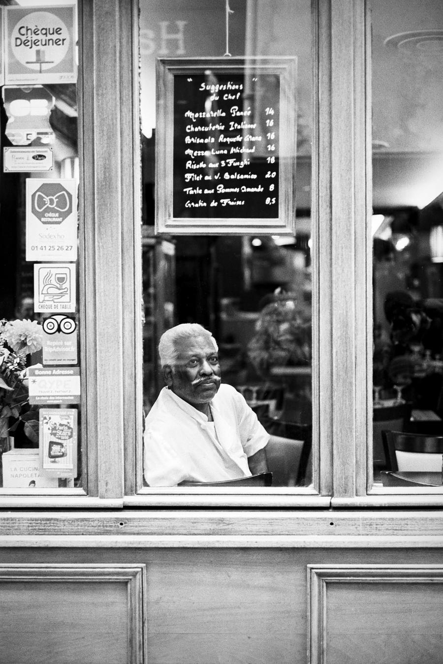 Maud WALAS Street Photography PARIS 03.jpg