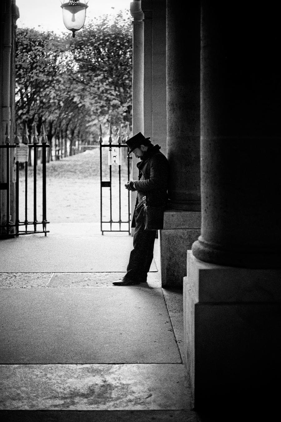 Maud WALAS Street Photography PARIS 07.jpg