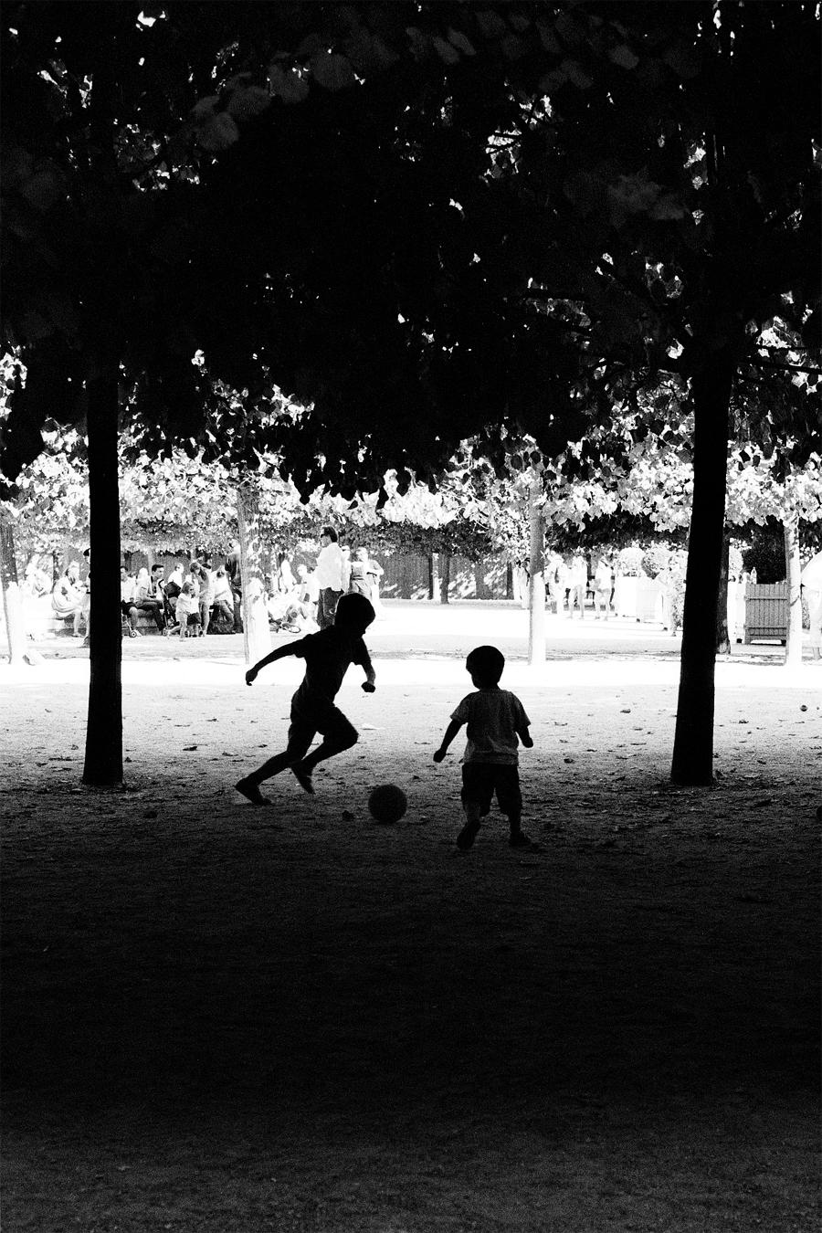Maud WALAS Street Photography PARIS 15.jpg