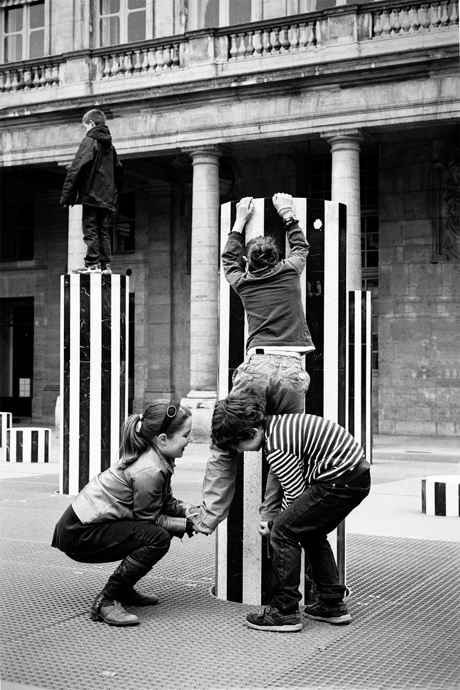 Maud WALAS Street Photography PARIS 16.jpg
