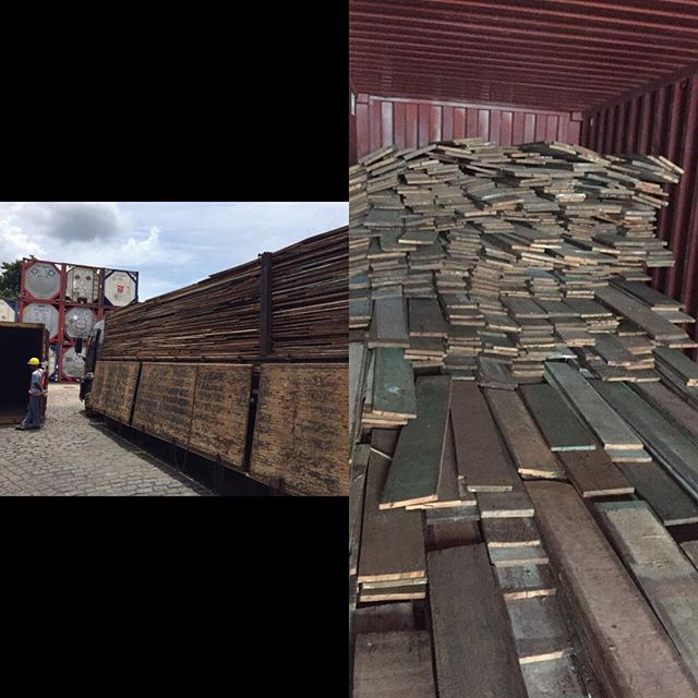 The truck has arrived at the port in Brazil and they are filling up the next container of reclaimed peroba boards!