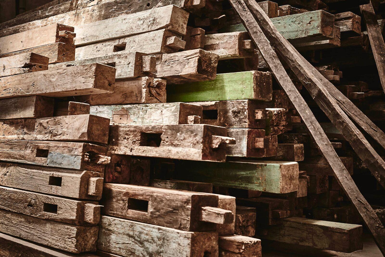 reclaimed wood beam timbers