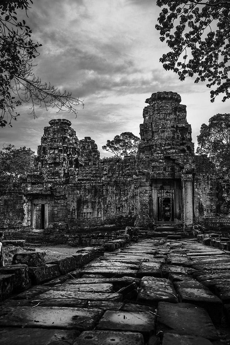 INT_AngkorVillage_Blackandwhite_Sept2016_RJN.jpg
